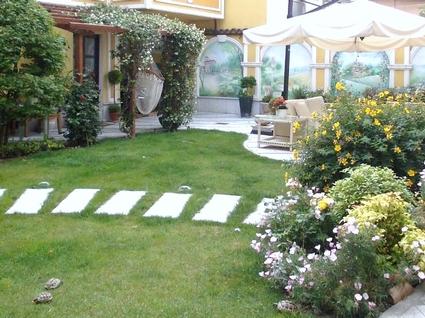 Giardino privato studiomagrassi - Alberi giardino piccolo ...